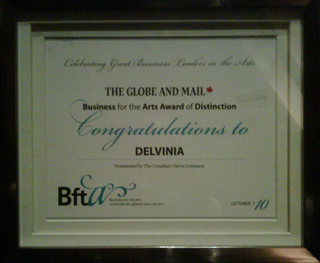 Delvinia receives Business for the Arts Award of Distinction